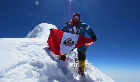 Víctor Rímac llevará la bandera del Perú a la cima del Huascarán en el marco del Bicentenario